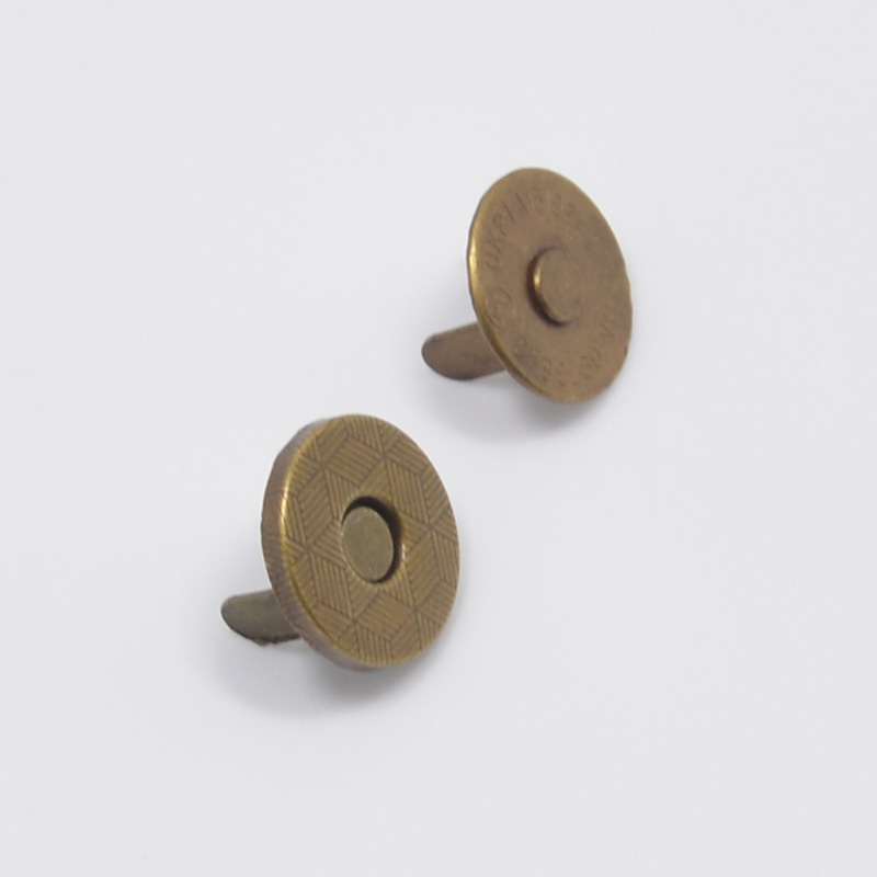 Antique Brass Round Thin Magnetic Snap 10mm Diameter